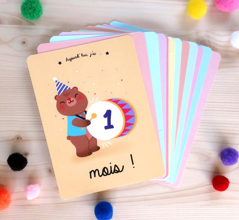 cartes étapes premiers mois bébé petits et grands progrès découvertes papeterie cadeau naissance souvenirs